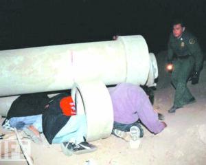 Já começou a guerra aos traficantes que entram com indocumentados através das fronteiras americanas