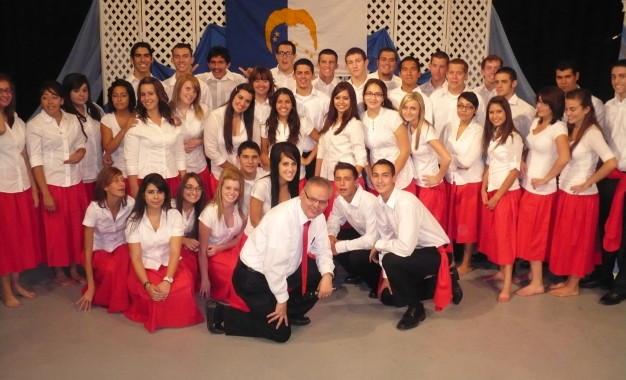 TULARE, CA: Califórnia acolhe XV festival de  cultura açoriana para jovens