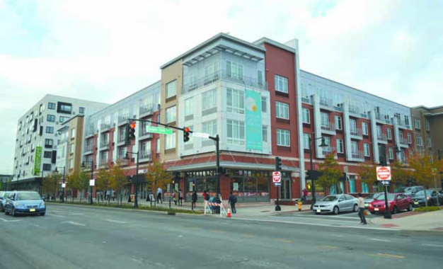 Aposta na Frank Rodgers Blvd começa a dar frutos nas áreas comercial e residencial