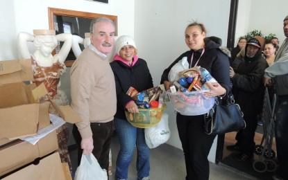 NEWARK, NJ | Vereador Augusto Amador ofereceu 400 perus  a pessoas necessitadas do Bairro Leste