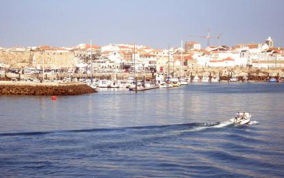 Peniche é primeiro porto a sensibilizar  pescadores para entregarem lixo em terra