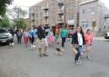 NEWARK, NJ | 5ª Dog Walk do Ironbound muito concorrida