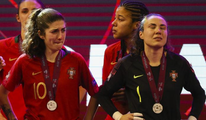 0f1d80745a EUROPEU FEMININO DE FUTSAL  Portugal perde final frente à Espanha e ...